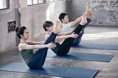 한국인, 여성, 남성, 요가, 요가수업 (요가), 스트레칭, 운동, 파리푸르나나바아사나