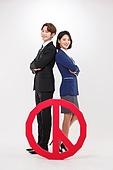 한국인, 여성, 남성, 미소, 밝은표정, 투표 (선거), 투표인증 (투표), 등맞대기