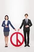 한국인, 여성, 남성, 미소, 투표 (선거), 투표인증 (투표), 안내 (컨셉)