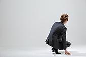 한국인, 비즈니스, 비즈니스맨, 행동 (모션), 활력 (컨셉), 앉기 (몸의 자세), 뒷모습