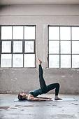 한국인, 여성, 요가 (이완운동), 다이어트, 건강한생활 (주제), 하늘향해다리들기 (몸의 자세)