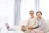 한국인, 노인, 부부, 노인커플 (이성커플), 미소, 애정 (밝은표정)