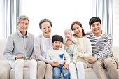 가족, 가족모임, 가정생활 (주제), 노인커플 (이성커플), 부부, 부모 (가족구성원), 미소, 어린이 (인간의나이), 아기 (인간의나이), 함께함 (컨셉)