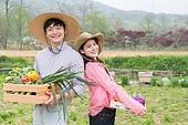 가족, 농부 (농수산업), 귀농, 수확 (움직이는활동), 부부, 커플