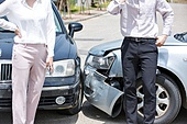도로, 자동차, 사고, 교통사고, 파괴 (컨셉), 여성, 걱정 (어두운표정), 충돌사고, 시비, 불만