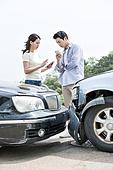 도로, 자동차, 사고, 교통사고, 자동차보험, 파괴 (컨셉), 걱정 (어두운표정), 충돌사고, 시비, 불만