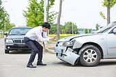 도로, 자동차, 사고, 교통사고, 자동차보험, 파괴 (컨셉), 걱정 (어두운표정), 충돌사고, 시비, 직업 (역할), 보험설계사 (금융직), 촬영
