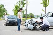 도로, 자동차, 사고, 교통사고, 자동차보험, 파괴 (컨셉), 걱정 (어두운표정), 충돌사고, 시비, 보험설계사 (금융직)