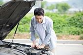 도로, 자동차, 사고, 교통사고, 파괴 (컨셉), 걱정 (어두운표정), 스트레스, 남성