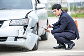 도로, 자동차, 사고, 교통사고, 자동차보험, 파괴 (컨셉), 걱정 (어두운표정), 충돌사고, 시비, 점검표 (목록)