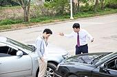 도로, 자동차, 사고, 교통사고, 파괴 (컨셉), 걱정 (어두운표정), 충돌사고, 시비, 불만, 화