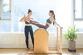 필라테스 (이완운동), 필라테스기계 (운동기구), 다이어트, 코치, 가르치는 (움직이는활동), 레더바렐