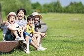 어린이 (인간의나이), 미소, 즐거움
