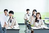 학교생활, 교복 (유니폼), 고등학생, 공부 (움직이는활동), 수업중 (교육), 손들기