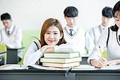 학교생활, 교복 (유니폼), 고등학생, 공부 (움직이는활동), 휴식 (정지활동), 미소, 여학생