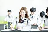 학교생활, 교복 (유니폼), 고등학생, 공부 (움직이는활동), 여학생, 미소
