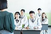 학교생활, 교복 (유니폼), 고등학생, 공부 (움직이는활동), 교사 (교육직), 수업중 (교육), 미소