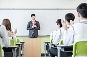 학교생활, 교복 (유니폼), 고등학생, 여학생, 교사 (교육직), 가르치는, 스승의날, 축하 (컨셉), 박수, 미소