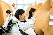 고등학생, 교복, 독서실, 공부 (움직이는활동), 수험생, 피로 (물체묘사), 기지개, 하품 (입벌림)