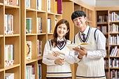 고등학생, 교복, 도서관, 책, 미소, 공부, 읽기 (응시), 대화, 학생