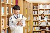 고등학생, 교복, 도서관, 책, 미소, 읽기 (응시), 학생, 기댐