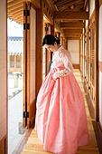 여성, 한옥 (한국전통), 전통문화, 한복, 한국명절 (한국문화)