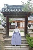 여성, 한옥 (한국전통), 전통문화, 한복, 한국명절 (한국문화), 뒷모습