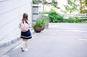 고등학생, 여학생, 십대 (인간의나이), 뒷모습, 등하교 (움직이는활동), 외로움 (컨셉)