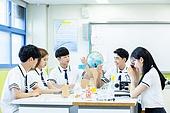 고등학생, 실험실 (연구소), 과학실험 (사건), 교복, 중고등학교 (학교건물), 십대 (인간의나이)