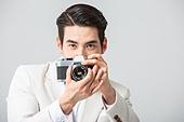 남성 (성별), 정장, 나비넥타이 (목장식), 카메라, 촬영