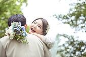 결혼 (사건), 스몰웨딩, 정원, 행복, 부케, 결혼식, 사랑 (컨셉), 신랑, 신부 (결혼식역할), 포옹
