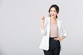 비즈니스, 여성, 20-29세 (청년), 비즈니스우먼, 미녀 (아름다운사람), 성인여자, 사무실, 도시생활, 누끼, 한국인, 동양인 (인종), 영업사원 (판매업), 워킹맘, 라이프스타일, 미소, 제스처