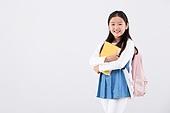 초등학생, 어린이 (인간의나이), 등하교 (움직이는활동), 교육 (주제), 공부 (움직이는활동), 학원, 한명, 자신감, 기쁨 (컨셉), 학생
