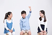 어린이 (인간의나이), 초등학생, 교육 (주제), 앉기, 손들기