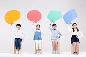 어린이 (인간의나이), 초등학생, 교육 (주제), 앉기, 말풍선, 말하기 (커뮤니케이션컨셉)