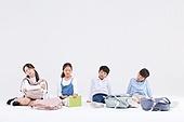 초등학생, 어린이 (인간의나이), 누끼, 교육 (주제), 공부, 역경 (컨셉)