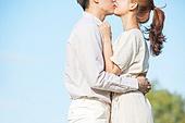 커플 (인간관계), 데이트, 감성, 사랑 (컨셉), 이성커플 (커플), 한국인, 동양인 (인종), 로맨스 (컨셉), 데이트 (로맨틱), 로맨틱, 키스 (입사용), 스킨십 (밝은표정), 행복