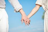 커플 (인간관계), 데이트, 커플, 사랑 (컨셉), 이성커플, 한국인, 대학생, 함께함 (컨셉), 행복, 로맨틱 (움직이는활동), 로맨스, 청년커플 (동성커플), 라이프스타일, 손잡기, 파트너십 (팀워크), 클로즈업, 사람손 (주요신체부분), 사람팔 (사람팔다리)