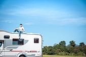 남성, 캠핑, 캠핑트레일러 (트레일러), 혼자여행 (여행)