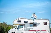 남성, 캠핑, 캠핑트레일러 (트레일러), 혼자여행 (여행), 맥주, 즐거움