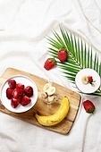 딸기,바나나,과일,얼려있음