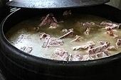 감자탕 돼지뼈