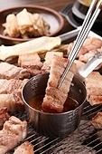 구이,돼지고기,삼겹살,소스