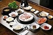 돼지고기,삼겹살,구이,소스,정식