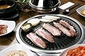 돼지고기,삼겹살,구이,정식