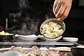 오리로스,고기,구이,마늘