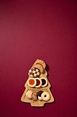 백그라운드, 오브젝트 (묘사), 탑앵글, 크리스마스, 크리스마스오너먼트 (크리스마스데코레이션), 스튜디오촬영 (실내), 실내, 쿠키, 디저트, 크리스마스트리, 카피스페이스