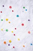 백그라운드, 오브젝트 (묘사), 탑앵글, 크리스마스, 크리스마스오너먼트 (크리스마스데코레이션), 스튜디오촬영 (실내), 실내, 눈 (얼어있는물), 눈가루, 겨울, 계절, 하드캔디 (사탕), 사탕 (달콤한음식), 디저트, 달콤한음식 (음식), 젤리 (디저트)