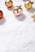백그라운드, 겨울, 크리스마스, 눈 (얼어있는물), 눈가루, 크리스마스오너먼트 (크리스마스데코레이션), 금 (금속), 금색, 카피스페이스
