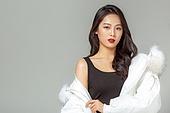 패딩, 롱패딩, 한국인, 동양인 (인종), 따뜻한옷 (옷), 아름다운사람, 한명, 패션, 포트레이트